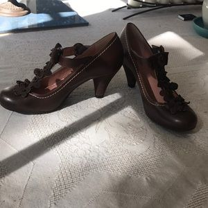 Chocolate brown floral detail Mary Jane pumps